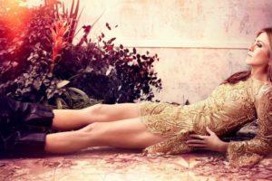 Jennifer Aniston'ın En Göz Alıcı 13 Mini Gece Elbisesi