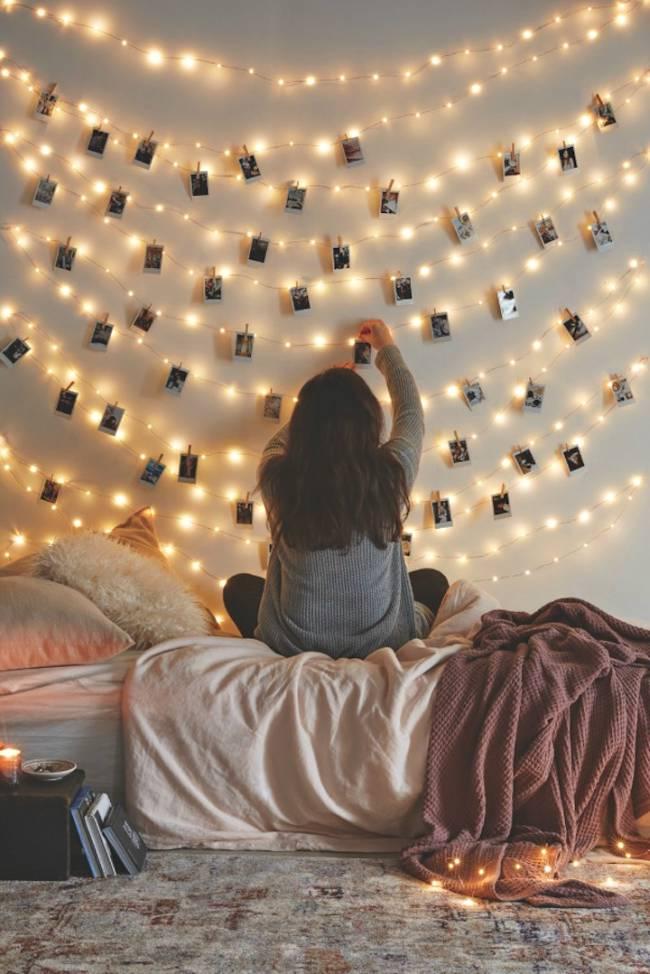 fotoğraf sergileme dekoratif ışıklar
