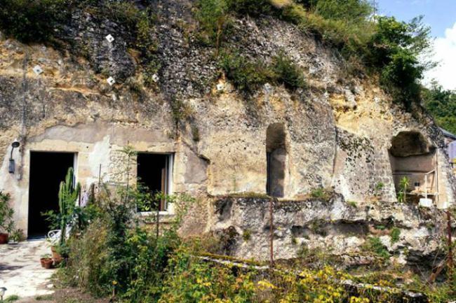 mağara ev