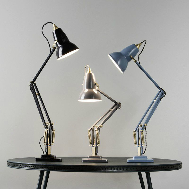 Ünlü aydınlatma ve mobilya tasarımları aglepoise lamba george carwardine