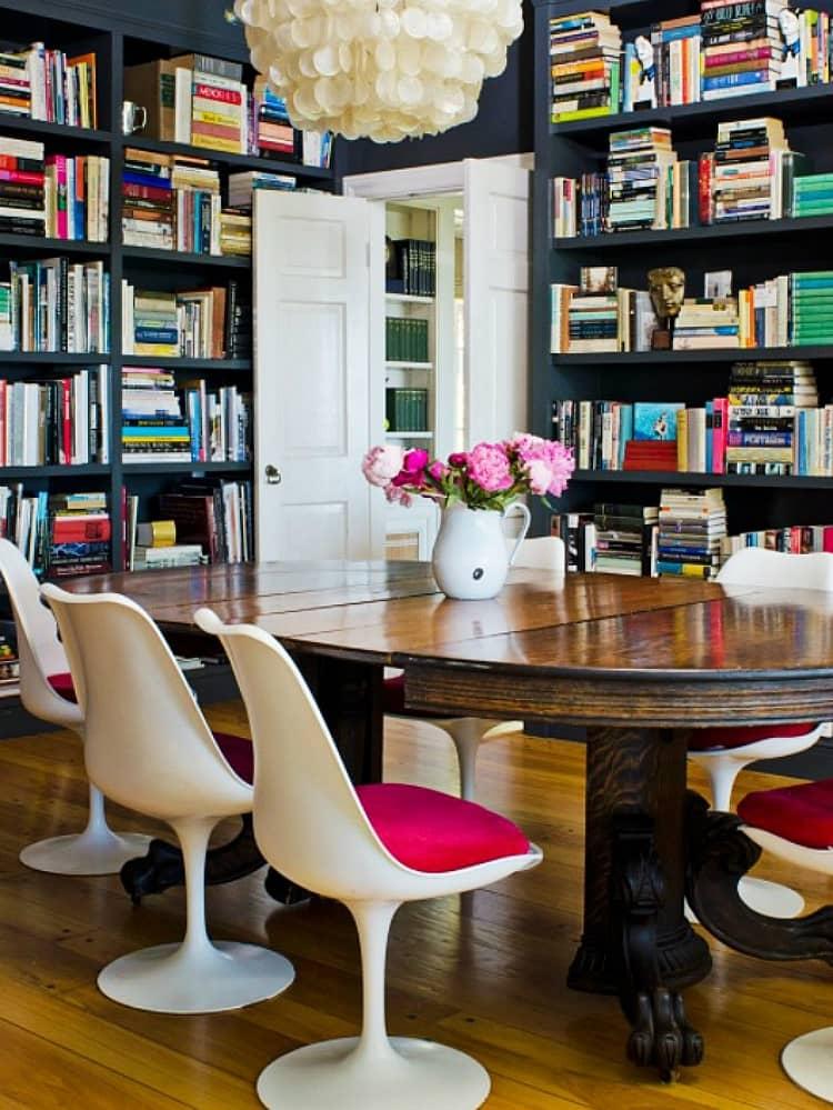 Ünlü aydınlatma ve mobilya tasarımları Eero Saarinen Tulip Chair